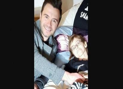 Shane Filan Temui Penggemar yang Sakit Kanker