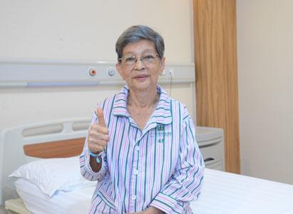 Bởi vì tin tưởng, cho nên lựa chọn Quá trình chiến đấu chống lại căn bệnh ung thư đường ruột giai đoạn Ⅳ của bệnh nhân 77 tuổi